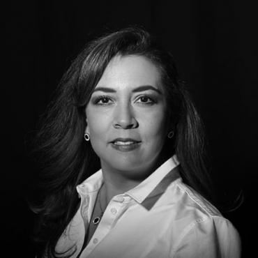 Yakira Flores